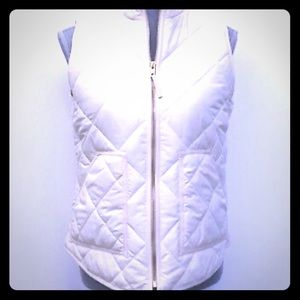 Bright white J.Crew Factory puffer vest